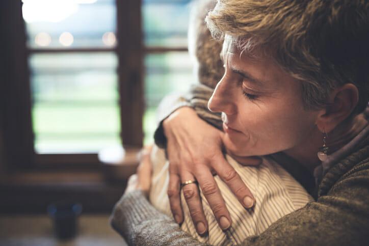 Partner offering comfort
